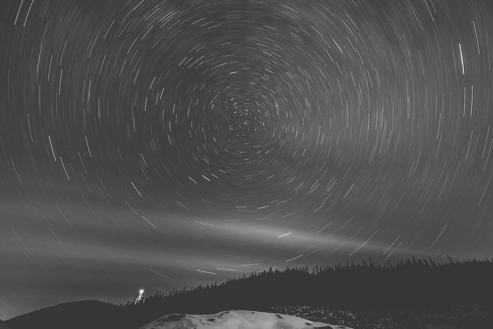 Étoile polaire et aurore boréale au Saguenay