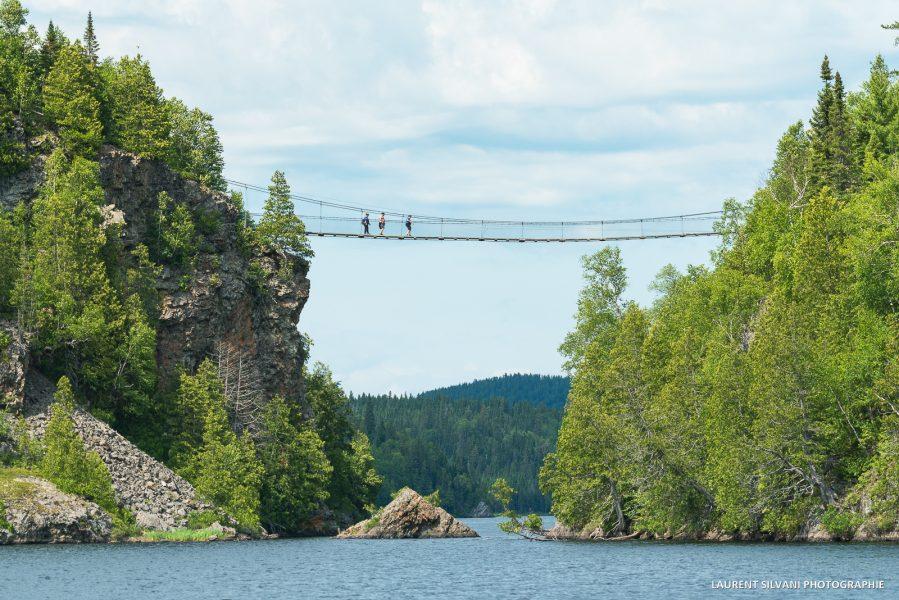 Le pont suspendu du parc Aiguebelle